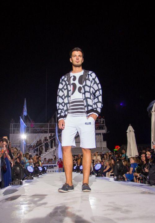 -Fashion-Show-HELENBER-CRUISE20
