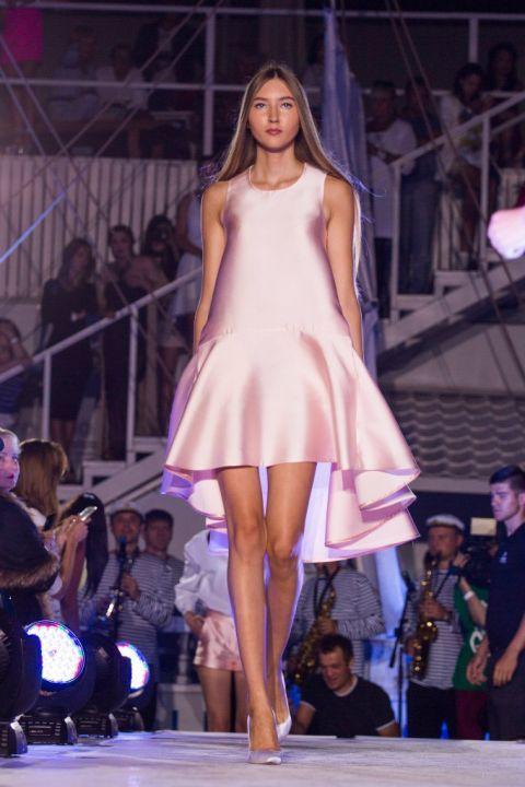-Fashion-Show-HELENBER-CRUISE42