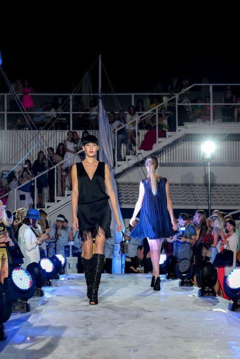 -Fashion-Show-HELENBER-CRUISE68