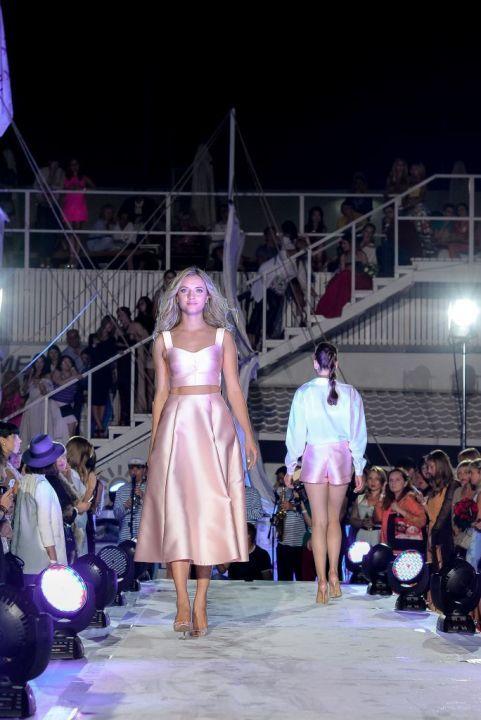-Fashion-Show-HELENBER-CRUISE69
