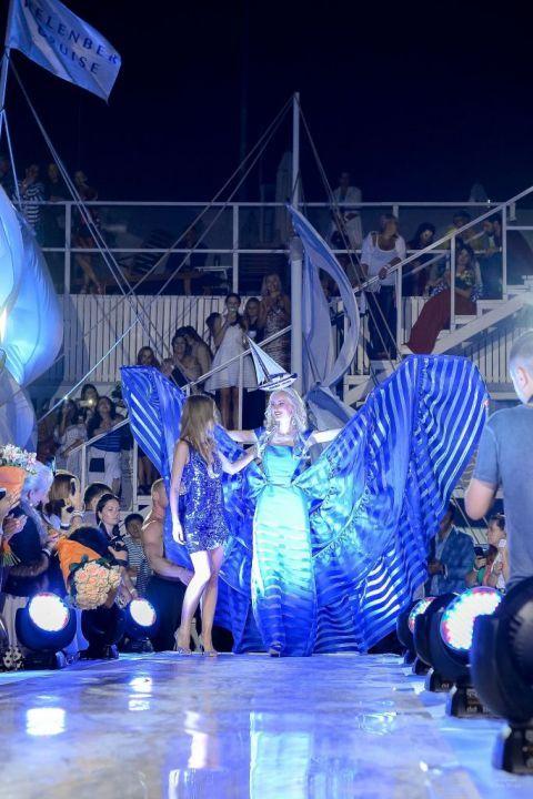 -Fashion-Show-HELENBER-CRUISE73