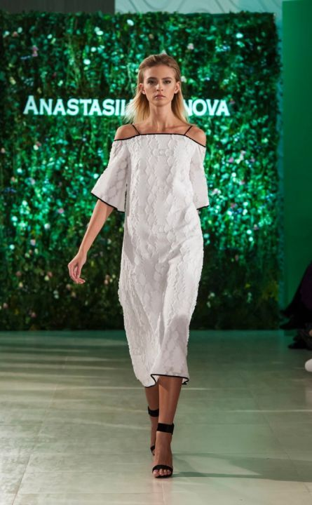 FashionshowAnastasiiaIvanovaSpringSummer2017-6137